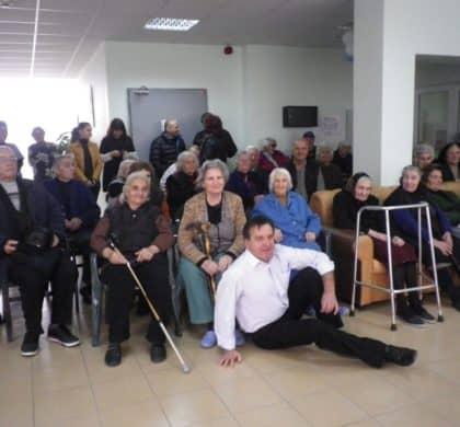 Един незабравим Великден подариха фирма Борола и актьорите от Сатиричния театър!