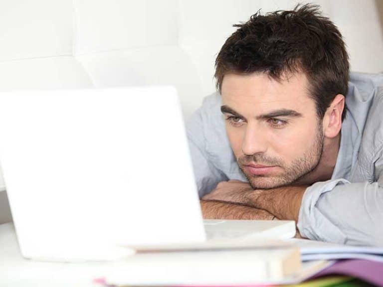 Недостатъчен сън – неочаквани последици на работното място